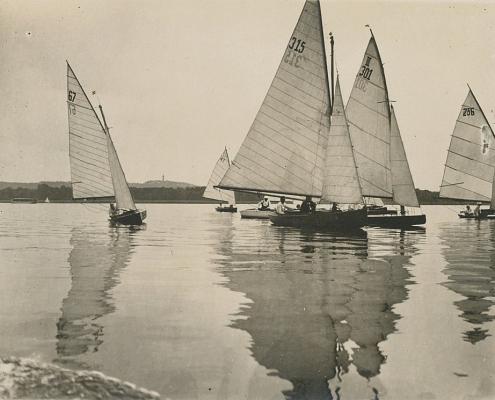 Wettfahrt der Ausgleicher (Boote, die keiner offiziellen Bootsklasse zugerechnet werden)