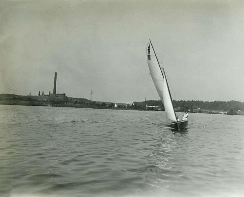 """Urlaub am Tornowsee, 15-qm Wanderjolle """"Fridolin II"""" von Albert Reußner (H 96)"""