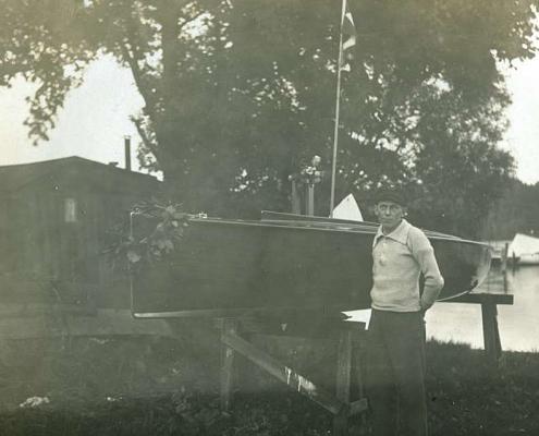 Bootstaufe der selbstgebauten H-Jolle von Albert Reußner