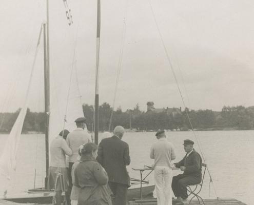 Am Rust , Helmut hat Fritz Städing um die Wettfahrtleitung gebeten. H 96 Reußner