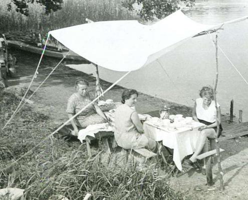 Urlaub am Tornowsee, Sonnenschutz am Seeufer