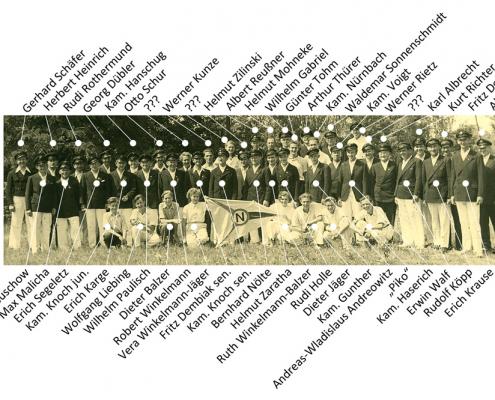 Niemand soll vergessen sein (Vereinsmitglieder beim 30. Jubiläum)! Viele Nachkommen der damaligen Mitglieder stärken noch heute den Verein