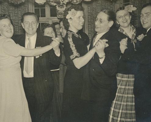 Geburtstagsfeier bei Familie Dellbruck. Elfi Wollinger, Gerhard Schäfer, Bernhard Nölte und Frau, Hilde Richter, Horst Küchlin
