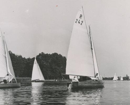 Bezirkswettfahrten auf dem See