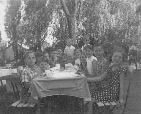 Manfred Richters Geburtstagstafel mit Nordstern-Kindern