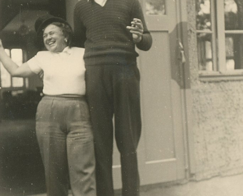 Unsere Kleinste Margit Busse mit E. Krause