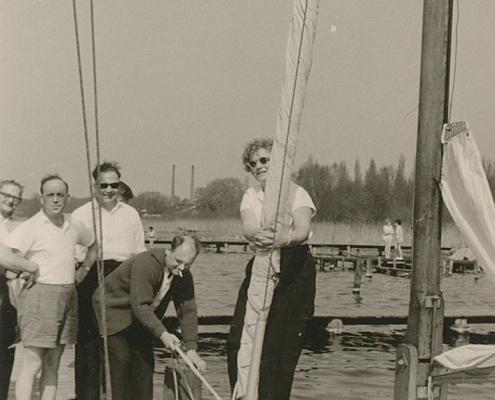 Kurt Richter mit Sonnenbrille, daneben Heinz und Ursel Schneider