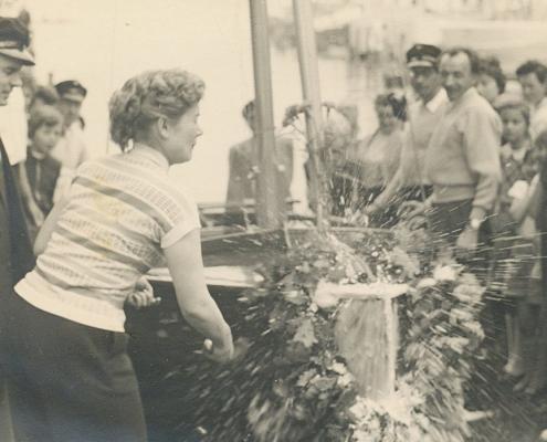 Frau Grasse tauft die Orion