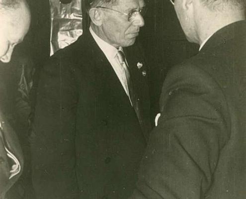 Verleihung der Goldenen Vereinsnadel an Albert Reußner