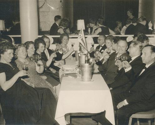Seglerball im Prälaten/Schöneberg 1958 (vorn re./li. Ehepaar Müller, dahinter Ehepaar Nölte)