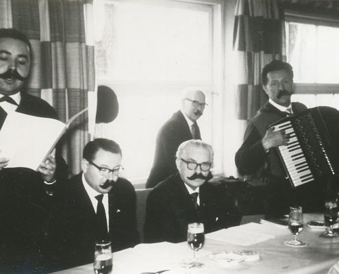 Herrenkommers mit Krey, Gabriel, Schäfer (2. bis 4. von li.)