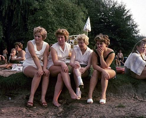 Badeaufsicht im Sommer (Doris Segletz, Gina Rückwardt, Edeltraud Braschoß & Erika Liesecke)