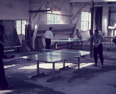 Tischtennis in der Bootshalle