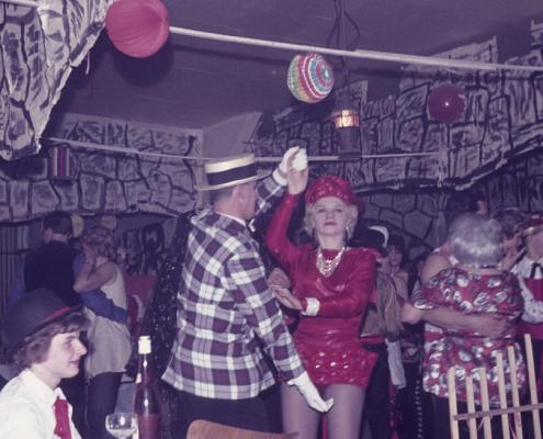 "Kostümfest (""Hildchen"" Liebing, Horst Rückward mit Rosemarie Moogk/Birkner)"