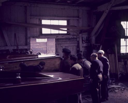 Arbeiten in der Bootshalle