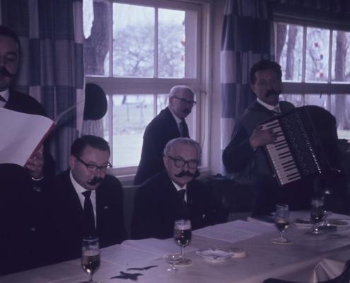 Karfreitag: Herrenkommerz (Vortragender Horst Küchlin, Roderich Krey, Willy Gabriel, Rudi Sachs & Gerhard Schäfer)
