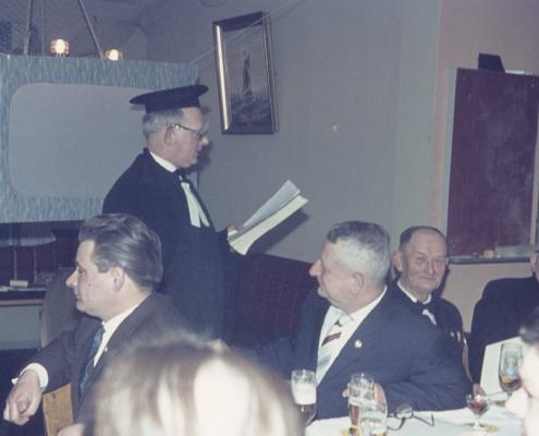 Karfreitag: Standerhissung (Heinz Boss, Peter Tietsch, Erich Karge, Fritz Dembiak & Arthur Thürer)