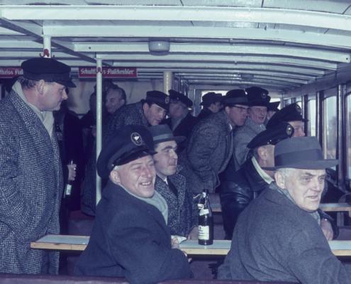 Herrenpartie: Dampferfahrt bei Eis (im Vordergrund: Heinz Schneider, Rudi Rothermund & Willy Gabriel)
