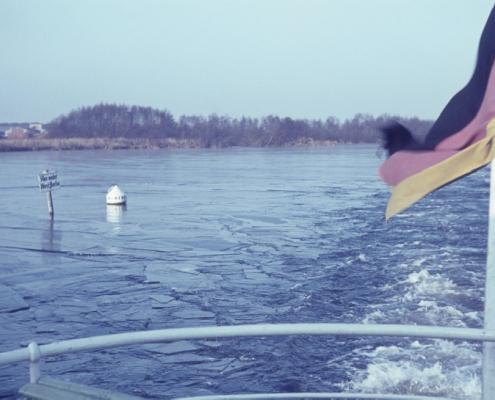 Herrenpartie: Dampferfahrt bei Eis