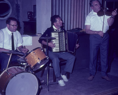 Hauskapelle: Roderich Krey, Gerhard Schäfer & Herr Pokowitz
