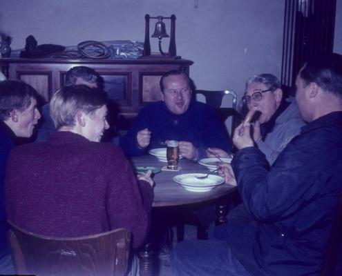 Messeumbau: Mittagspause (Manfred Richter, ??, Horst Lechner, Bernhard Nölte, Günter Fritsche)