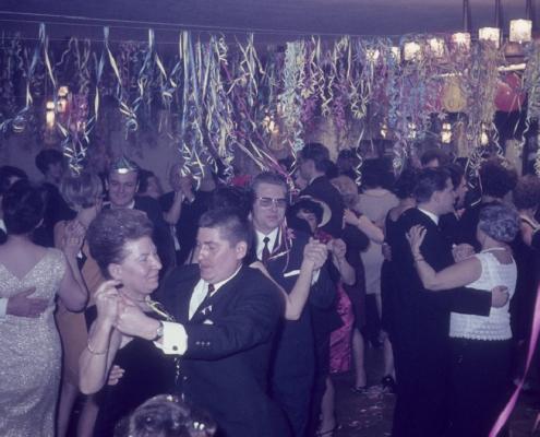 Silvesterfeier: vorn (Jenny Schindler & ??)