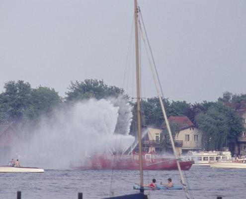 Tegelort: Feuerlöschboot