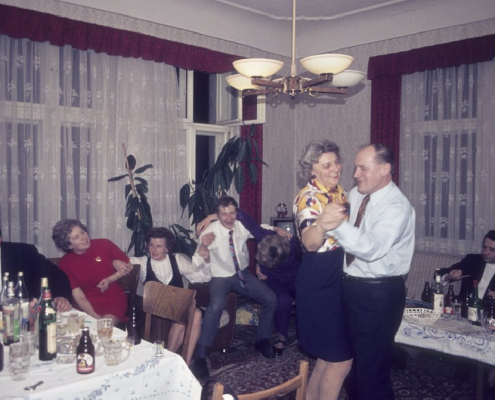 Polterabend Klaus Krüger: Hildegard Richter mit Kurt Jagoda (Vater v. Susanne)