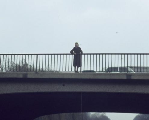 Bußtag Dampferfahrt: Jenny Schindler mit Schnaps-Korb
