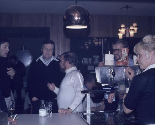 Bußtag: Jürgen Barth, Dietrich Balzer, Fred Lehmann, Peter Wolf & Wirtin, Inge Schönke