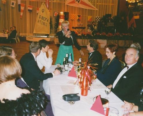 Jubiläumsball 04.11.1995 (Monika & Thomas Asmussen (SKT), Richters, Jürgen & Christina Saegert, Burkhart & Rita Langner (SKT), von li. nach re.)